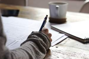 3 Thesis Writing Tips for Procrastinators