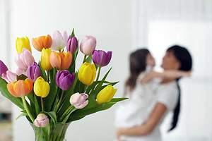Top 3 reasons for ordering flowers online this Mother's Day!