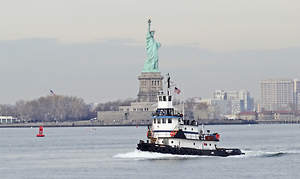 Crewman on Tugboat Loses His Arm After Freak Accident in New York Harbor