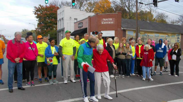 Stan Cottrell at start Fun Run for Kids in KY 2014