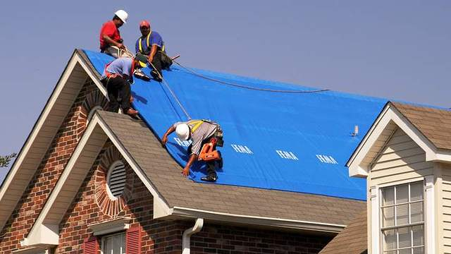 4 Signs Your Roof Needs To Be Repaired