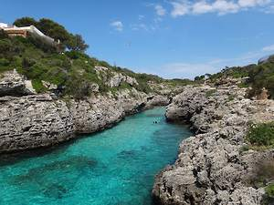 Visiting the Best Menorca Beaches