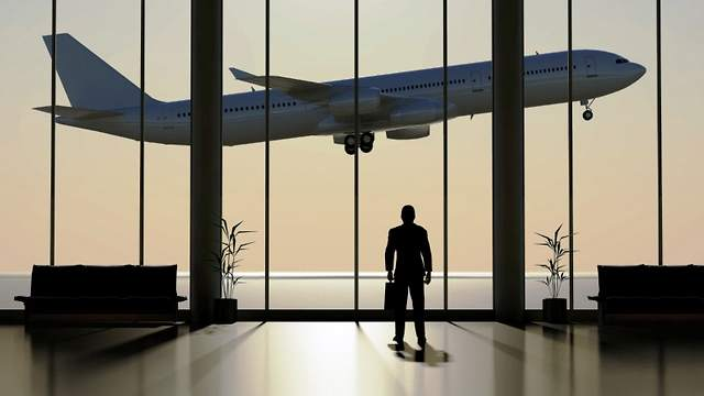 5 Ways to Stand Out in the Departure Lounge