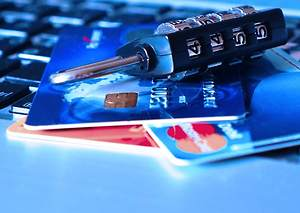 Spare Yourself from Cash-Theft Use Best Credit Cards