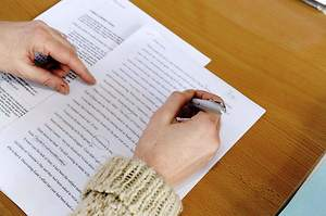 3 Factors to Help You Find a Reliable MBA Essay Editing Service