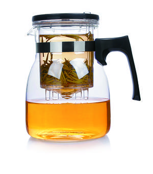 Fearnley Unleashes New Dispensing Teapot on Amazon