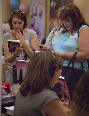 Romance Author Event Returns to Portland Oregon in 2016