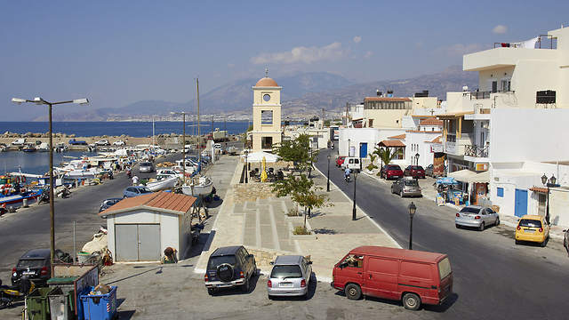 Discover Crete by Car
