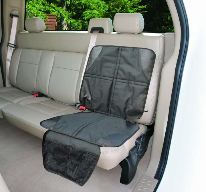 car seat protector the best way to kid proof your car. Black Bedroom Furniture Sets. Home Design Ideas
