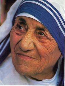 Mother Teresa Approved for Sainthood by the Pope
