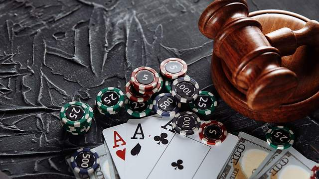 How to Avoid Online Gambling Risk and Play It Safe