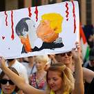 Helsinki protesters against Trump Putin summit