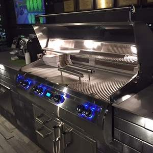Premium High-End Bbq Grill and Outdoor Kitchen Maker Offers Unbeatable Summer Promotion