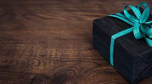 4 Tips for Buying the Perfect Gift for Anyone